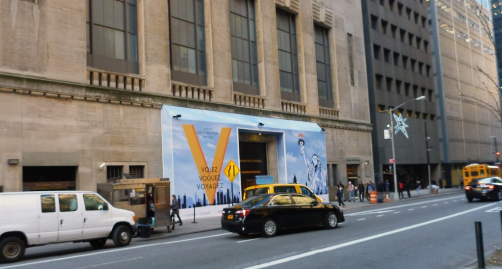 Volez, Voguez, Voyagez Exhibition in New York | LOUIS VUITTON (R)